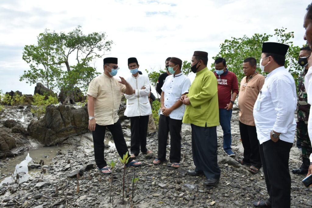 Gubernur Erzaldi Minta Masyarakat Kelola Hutan
